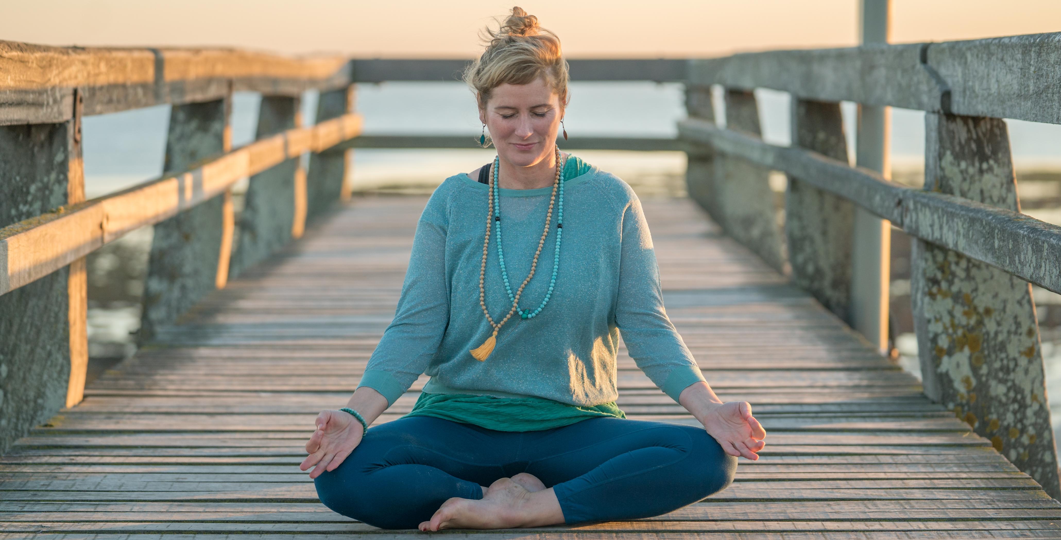 Valérie Deschamps - yoga - caen